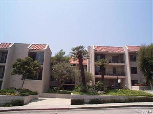 1401 Valley View Road #130, Glendale, CA 91202 (#301613427) :: Whissel Realty