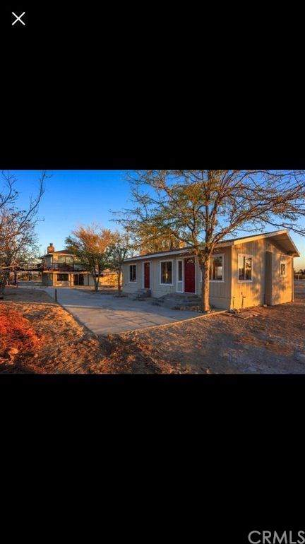 9835 Midway Avenue, Lucerne Valley, CA 92356 (#301613866) :: Whissel Realty
