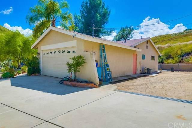8640 Glen Road, Corona, CA 92883 (#301613964) :: Coldwell Banker Residential Brokerage