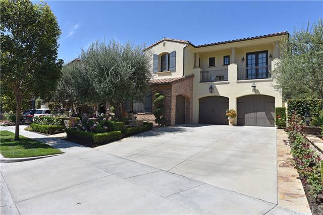 28 Woods Trails, Irvine, CA 92603 (#301614778) :: Whissel Realty