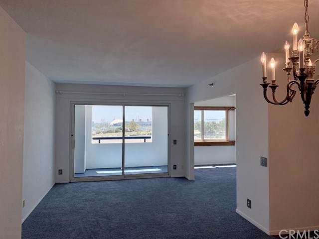 525 E Seaside Way #405, Long Beach, CA 90802 (#301615024) :: Coldwell Banker Residential Brokerage