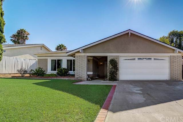 227 N Sweetwater Street, Anaheim Hills, CA 92807 (#301615366) :: Whissel Realty