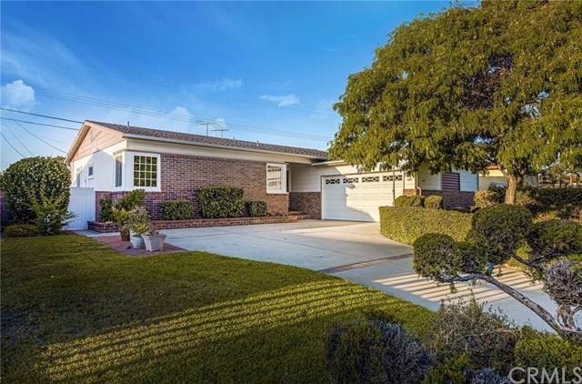 1467 W Houston Avenue, Fullerton, CA 92833 (#301615495) :: Coldwell Banker Residential Brokerage