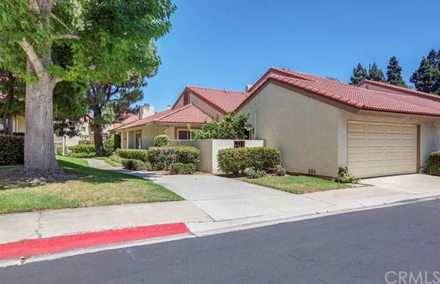 8395 Sweetwater Circle, Huntington Beach, CA 92646 (#301615506) :: Coldwell Banker Residential Brokerage