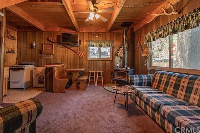 928 W Aeroplane Boulevard, Big Bear, CA 92314 (#301615593) :: Coldwell Banker Residential Brokerage