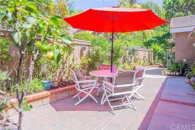 862 S Sapphire Lane, Anaheim Hills, CA 92807 (#301616365) :: Whissel Realty