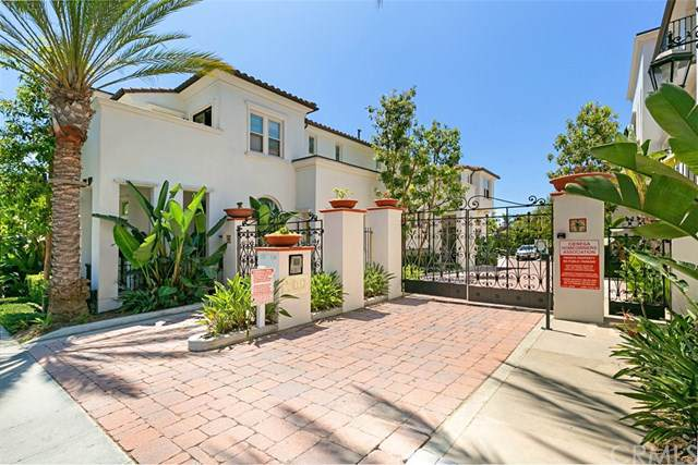 1749 Grand Avenue #10, Long Beach, CA 90804 (#301618162) :: Whissel Realty