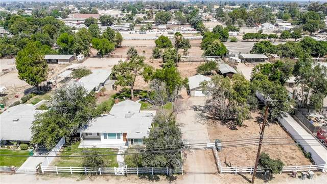 1019 5th Street, Norco, CA 92860 (#301618362) :: Whissel Realty