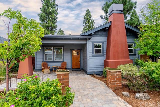 2666 Nw Crossing, Outside Area (Outside Ca), OR 97703 (#301618512) :: Coldwell Banker Residential Brokerage