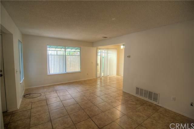 823 E Lugonia Avenue, Redlands, CA 92374 (#301618777) :: Whissel Realty