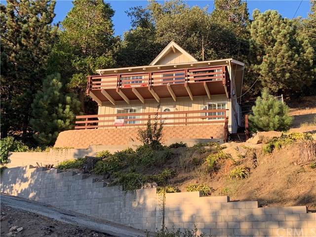 1947 Willow Drive, Running Springs, CA 92382 (#301623424) :: Compass