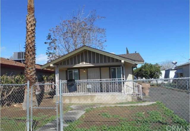 122 Woodrow Avenue, Bakersfield, CA 93308 (#301624255) :: Whissel Realty