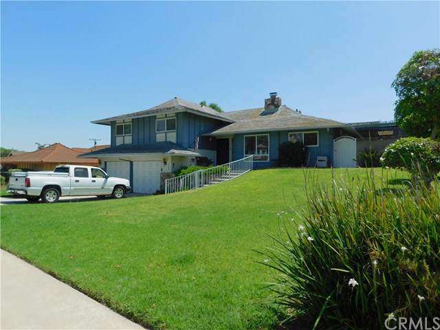 982 W 14th Street, Upland, CA 91786 (#301627414) :: Whissel Realty