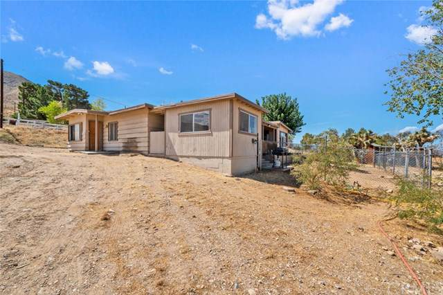 9224 Cholla Road, Apple Valley, CA 92308 (#301629081) :: Compass