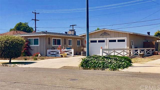 915 E Orange Street, Santa Maria, CA 93454 (#301629981) :: Compass