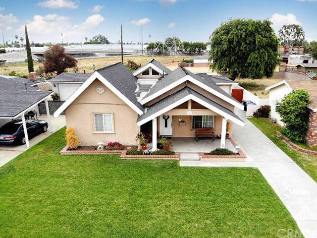 7209 Irwingrove Drive, Downey, CA 90241 (#301630235) :: Whissel Realty