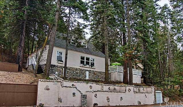 27693 Lakes Edge Road, Lake Arrowhead, CA 92352 (#301631121) :: Whissel Realty