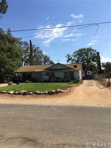 9060 Kennedy Street, Riverside, CA 92509 (#301631196) :: Compass