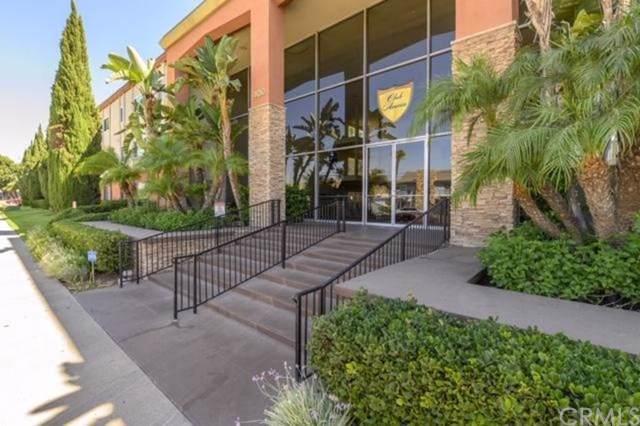 400 N Acacia Avenue B10, Fullerton, CA 92831 (#301631517) :: COMPASS