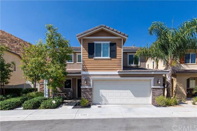 34264 Parkside Drive, Lake Elsinore, CA 92532 (#301632120) :: Whissel Realty