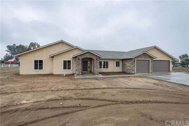 17435 Anaconda Avenue, MADERA, CA 93636 (#301633100) :: Whissel Realty