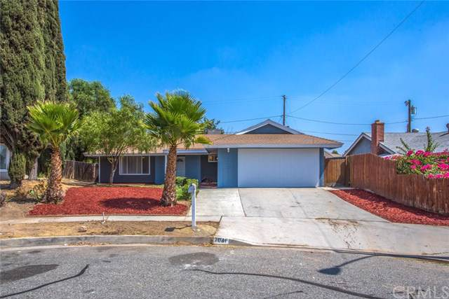 7041 Rhone Avenue, Highland, CA 92346 (#301633558) :: Whissel Realty