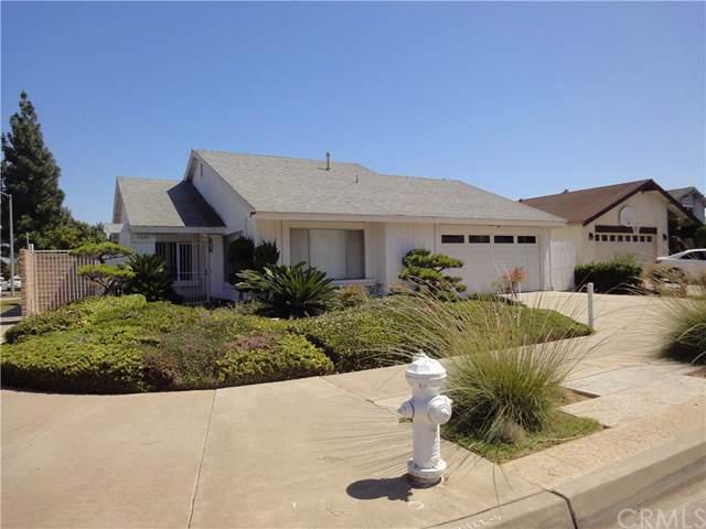 3009 S Artesia Street, Santa Ana, CA 92704 (#301633575) :: Compass