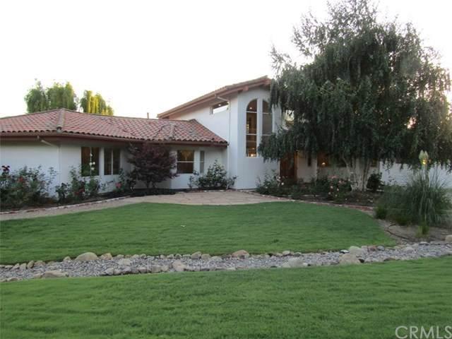 705 Mesa Drive, Solvang, CA 93463 (#301633645) :: Whissel Realty