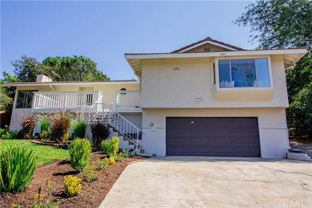 1805 Chapulin Lane, Fallbrook, CA 92028 (#301634857) :: Compass