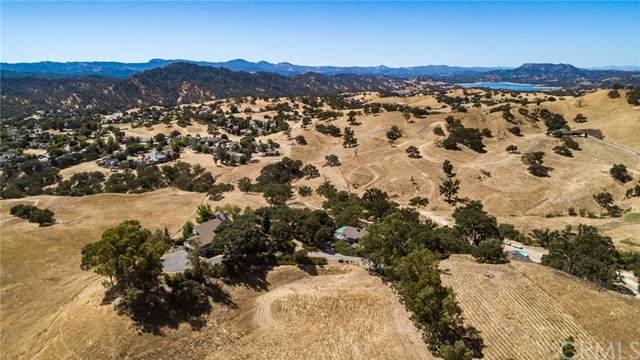 9525 Nacimiento Lake Drive, Paso Robles, CA 93446 (#301634997) :: Whissel Realty