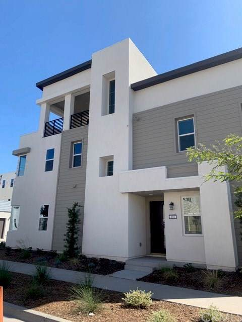 118 Spiral, Irvine, CA 92618 (#301635308) :: The Yarbrough Group