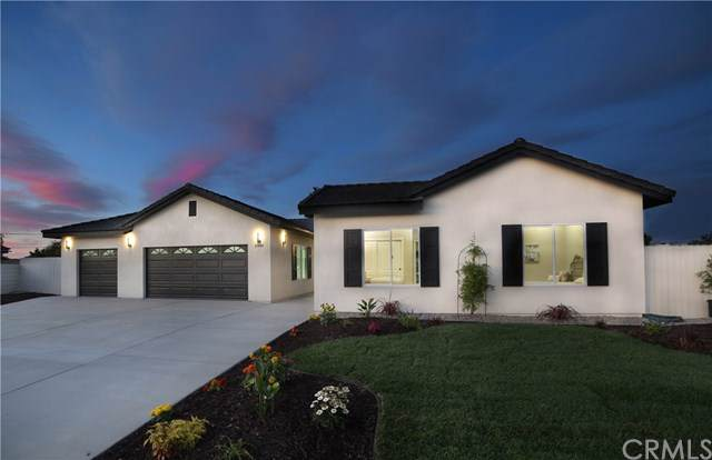 2940 Country Club Lane, Santa Maria, CA 93455 (#301635927) :: Whissel Realty