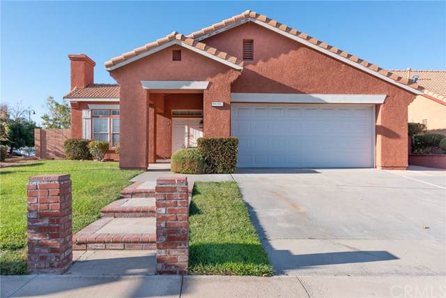 12630 Half Moon Way, Victorville, CA 92392 (#301636120) :: Whissel Realty
