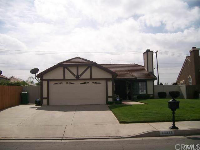 23345 Gerbera Street, Moreno Valley, CA 92553 (#301636147) :: Whissel Realty