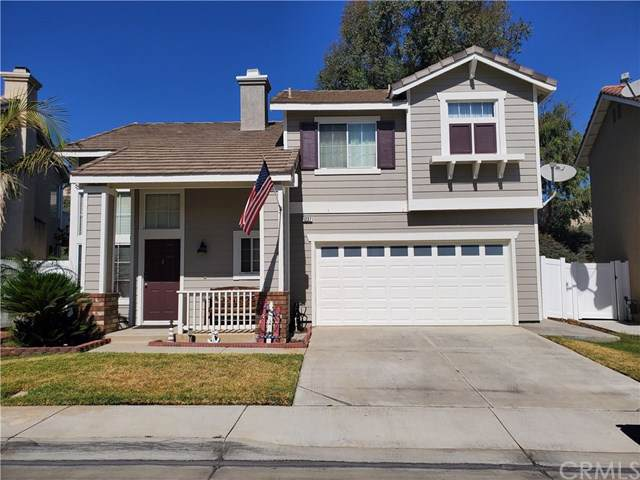 1237 Mira Valle Street, Corona, CA 92879 (#301636861) :: Whissel Realty
