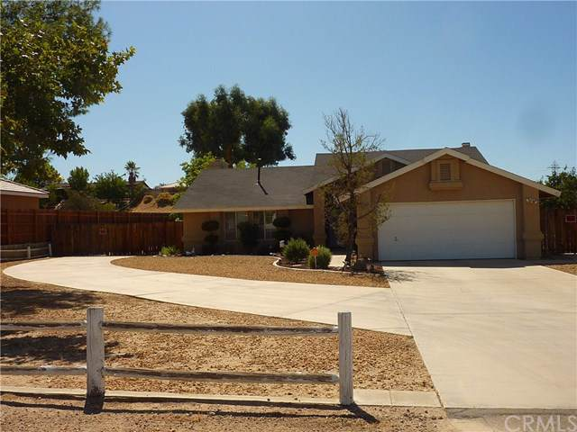 16758 Manning Street, Victorville, CA 92394 (#301637115) :: Keller Williams - Triolo Realty Group