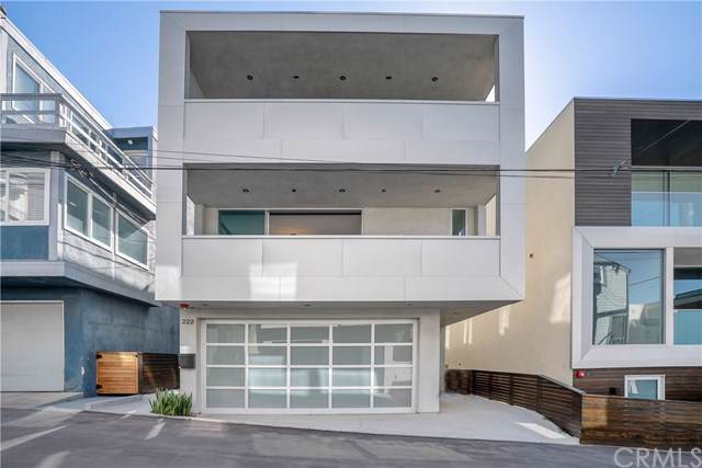222 1st Place, Manhattan Beach, CA 90266 (#301637263) :: Whissel Realty