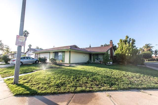 23810 Suncrest Avenue, Moreno Valley, CA 92553 (#301637401) :: Whissel Realty