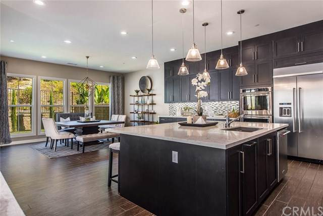 285 Pinnacle Drive, Lake Forest, CA 92630 (#301637442) :: Pugh | Tomasi & Associates