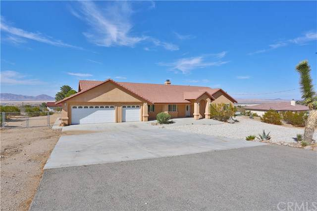 32828 Sapphire Road, Lucerne Valley, CA 92356 (#301637557) :: Whissel Realty