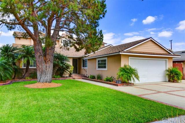 8261 Carnation Drive, Buena Park, CA 90620 (#301639268) :: COMPASS