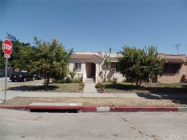 6702 2nd Avenue, Los Angeles, CA 90043 (#301639526) :: Whissel Realty