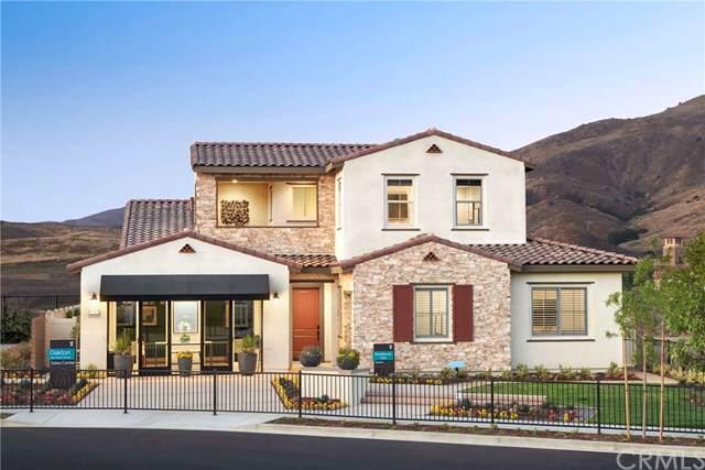 11698 Ambling Way, Corona, CA 92883 (#301639939) :: Cane Real Estate