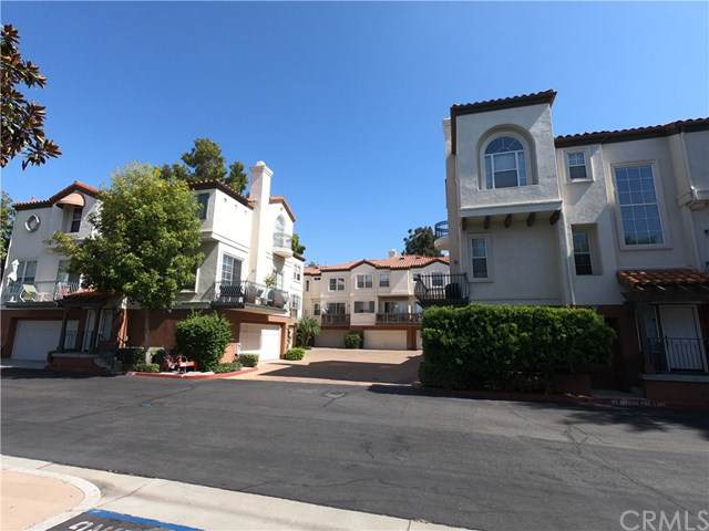2827 Player Lane, Tustin, CA 92782 (#301640466) :: Ascent Real Estate, Inc.