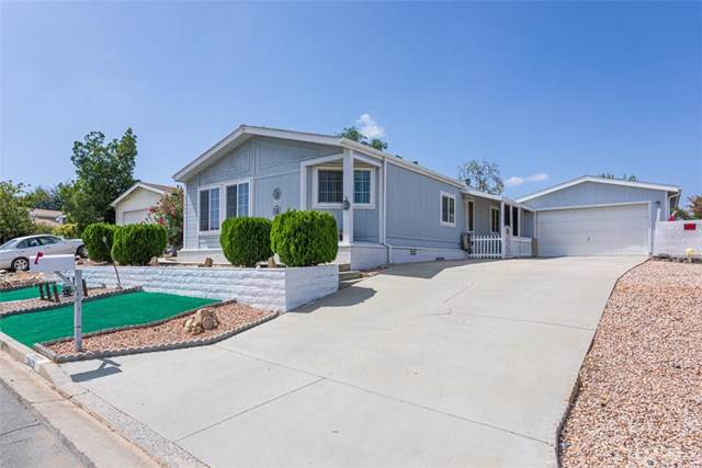 33603 Plowshare Road, Wildomar, CA 92595 (#301640782) :: Whissel Realty