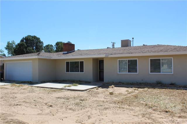 12798 Kewanna Road, Apple Valley, CA 92308 (#301641216) :: Compass