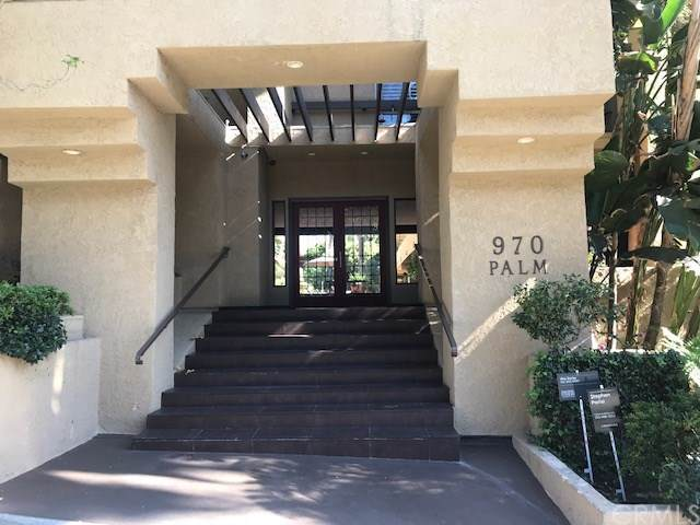 970 Palm Avenue #218, West Hollywood, CA 90069 (#301644333) :: Whissel Realty