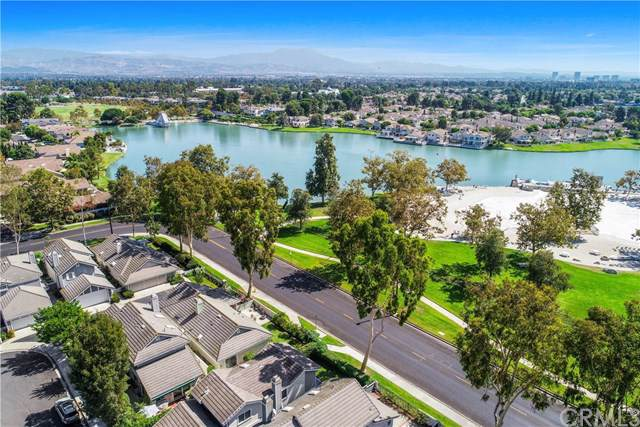 26 Spinnaker, Irvine, CA 92614 (#301645081) :: Cay, Carly & Patrick | Keller Williams