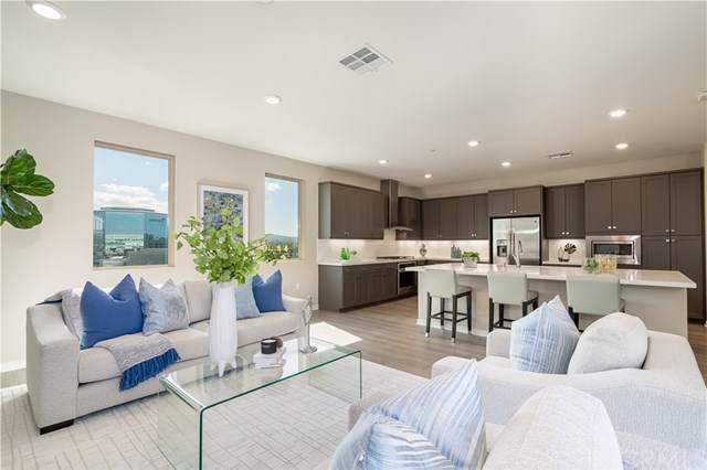 140 Tribeca, Irvine, CA 92612 (#301648363) :: Cay, Carly & Patrick | Keller Williams