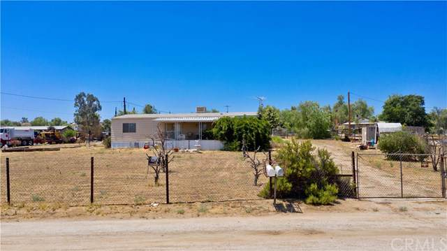 18711 Decker Road, Perris, CA 92570 (#301651824) :: COMPASS